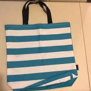 Tote -NEW NEVER USED